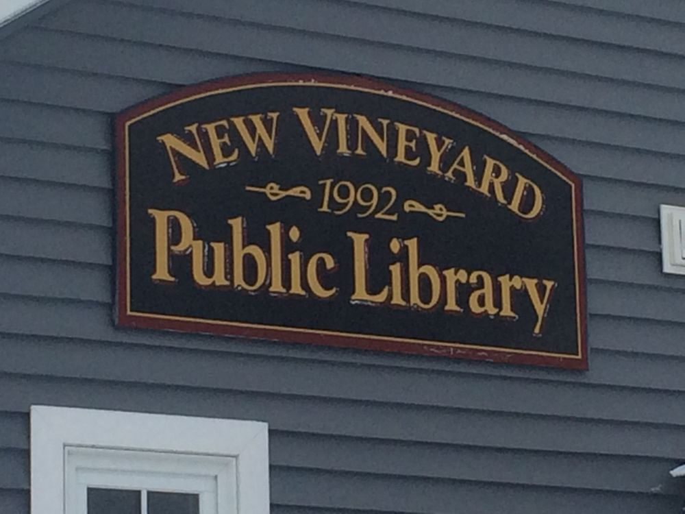 New Vineyard Public Library: 20 Lake St, New Vineyard, ME