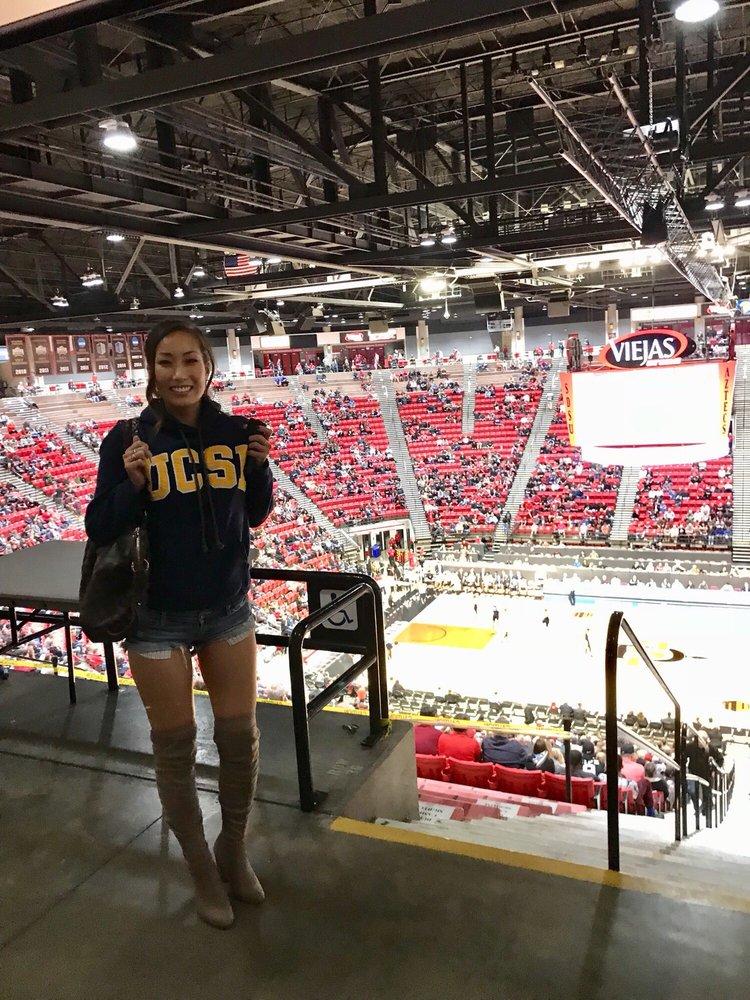 Aztec Mens Basketball At Viejas Arena