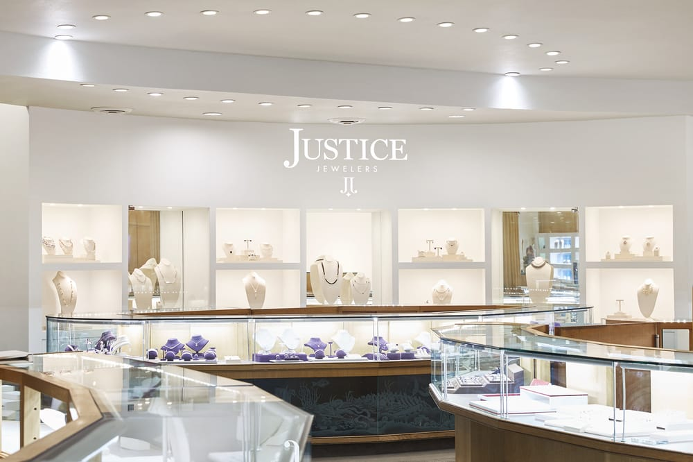 Justice Jewelers: 3520 E Battlefield St, Springfield, MO