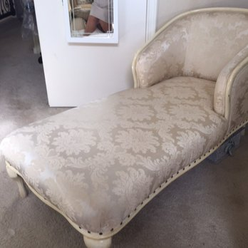 Fine Gorgeous Antique Fainting Couch Over 75 Years Old Looks Theyellowbook Wood Chair Design Ideas Theyellowbookinfo