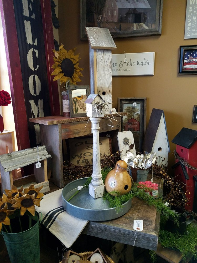 Farmers Daughter Handmade & Handcrafted Gifts: 4905 Long Ave, White Bear Lake, MN
