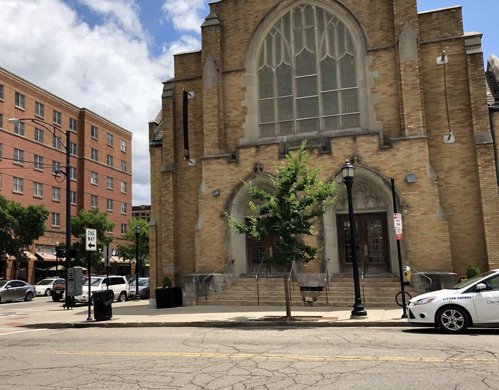 Urban Outfitters: 2510 Ohio Ave, Cincinnati, OH