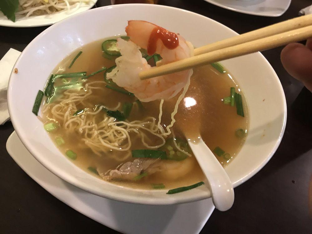 Mr Pho Vietnamese Noodle House: 111 NE Plaza, North East, MD