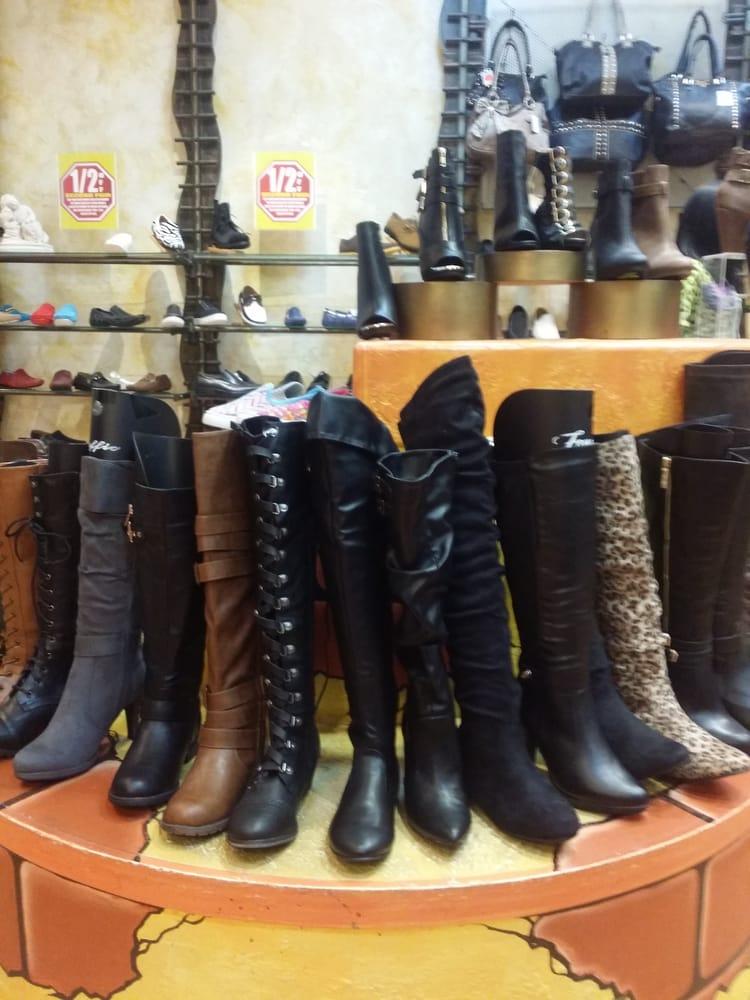 Traffic Shoe Store Careers