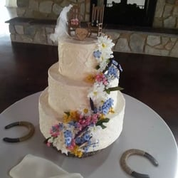 wedding cake bakeries in rockford illinois cake creations 12 photos amp 11 reviews bakeries 3925 21857