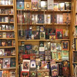 Seven Stars - 46 Photos & 65 Reviews - Bookstores - 731