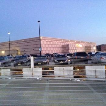 Menlo Park Mall - Edison, NJ, United States
