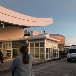 Faro International Airport New 51 Photos 30 Reviews Airports
