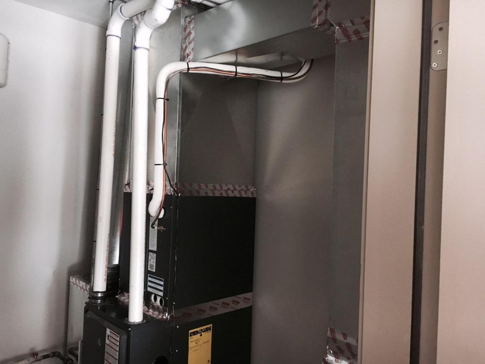 A/C For Less Heating and Cooling: 28 Westwoods Dr, Liberty, MO