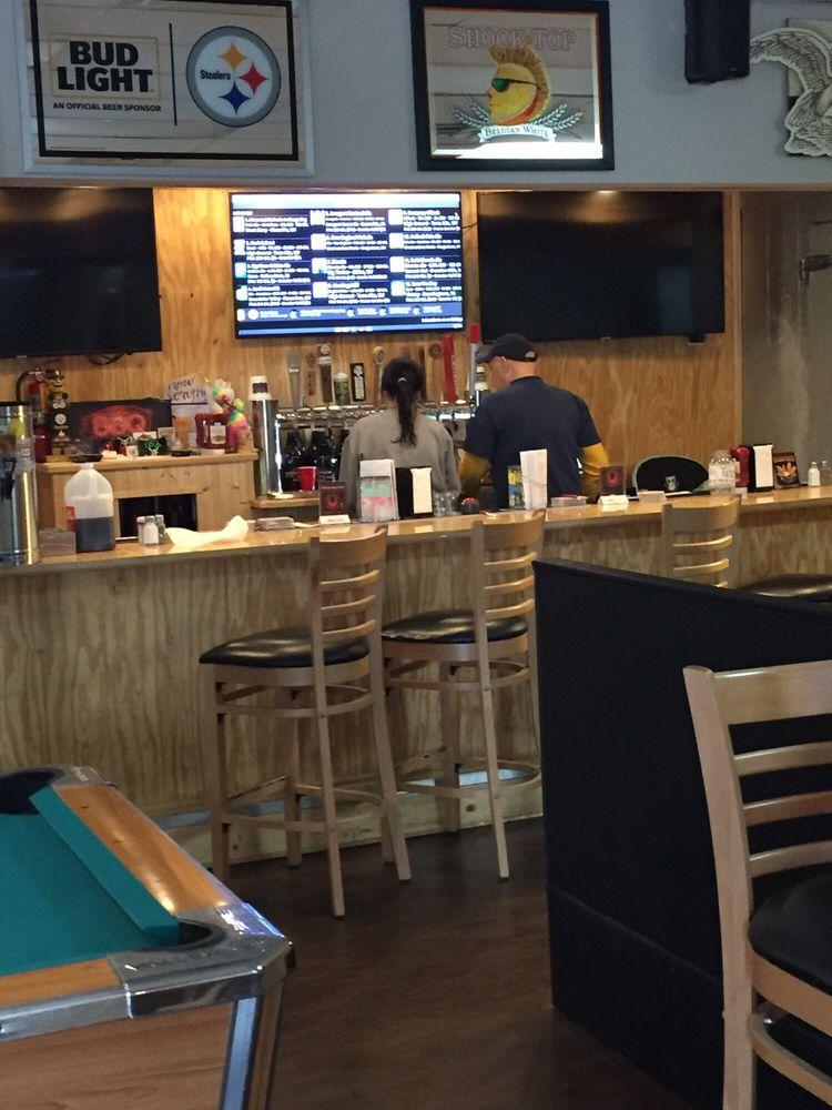 Bellview Bar & Grill: 1014 Pennsylvania Ave, Fairmont, WV