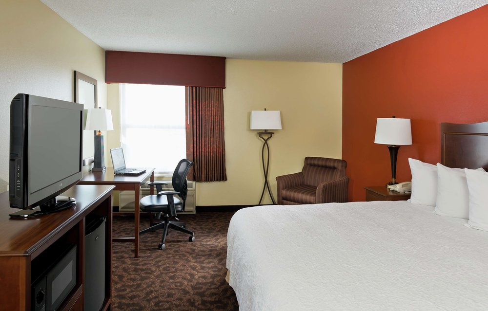 Hampton Inn San Angelo: 2959 W Loop 306, San Angelo, TX
