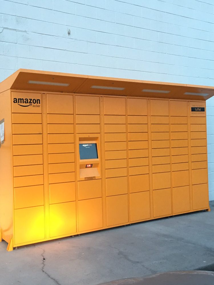 behind speedway there 39 s an amazon locker something new i 39 ve never seen before yelp. Black Bedroom Furniture Sets. Home Design Ideas