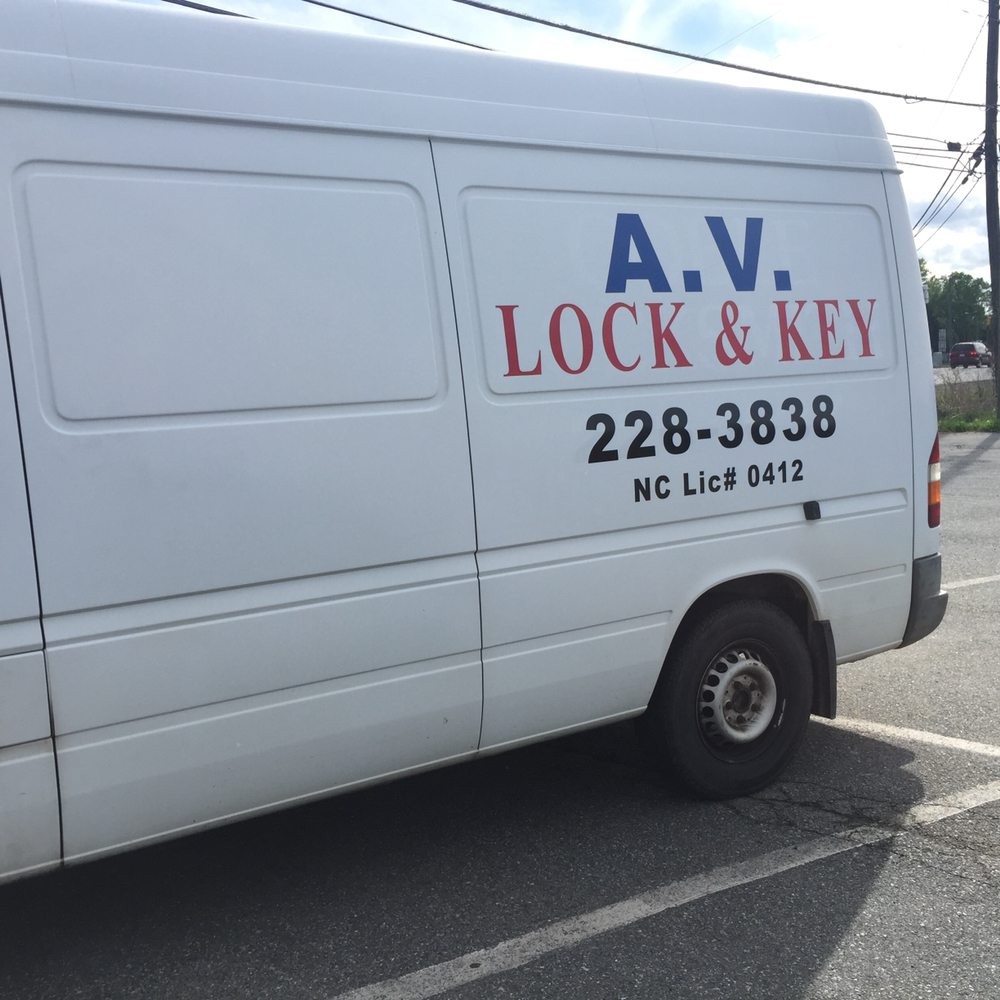 AV Lock & Key: 2461 Corporation Pkwy, Burlington, NC