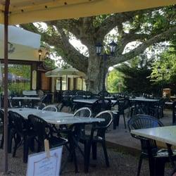Aux berges du lac restaurants 58 route lac saint - La cuisine du monstre tours ...