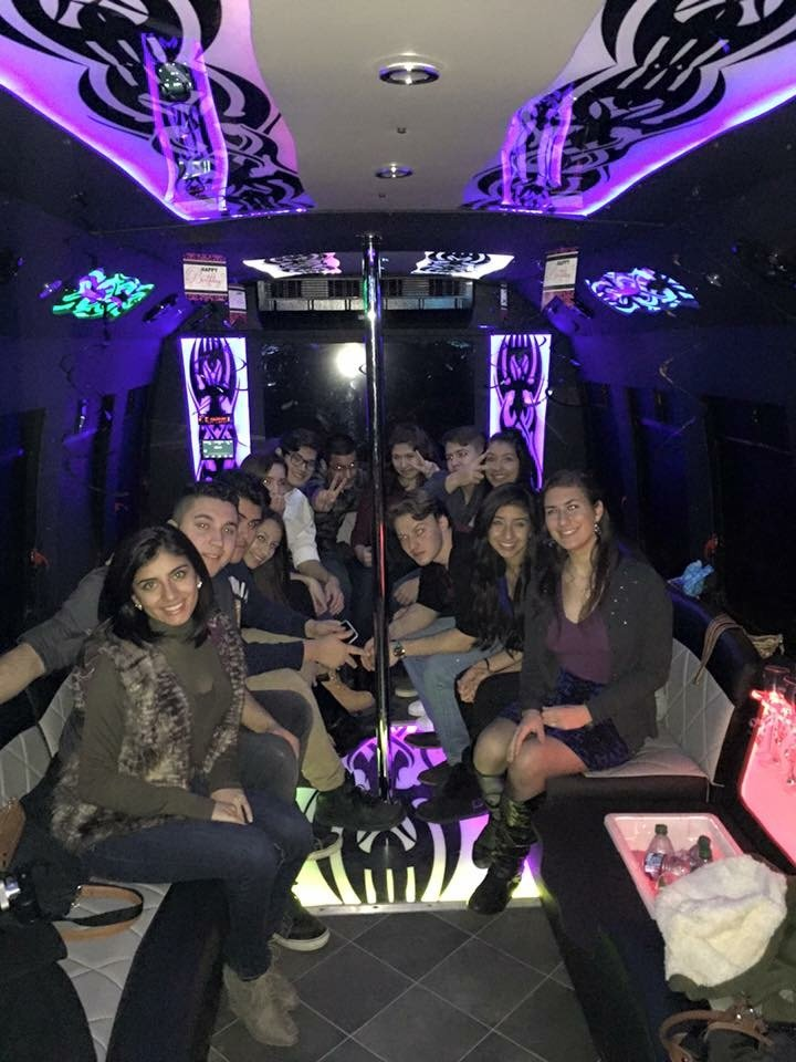 Vamp Life Party Bus: Chicago, IL