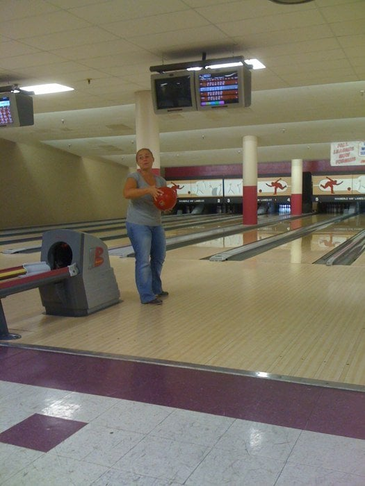 Merle Hay Lanes in Des Moines, IA - Bowling Centers ...