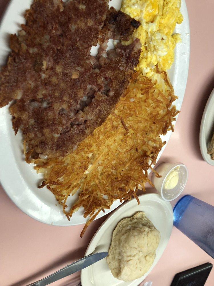 Susie's Skyway Restaurant: 6500 MacCurdy Dr, Prescott, AZ