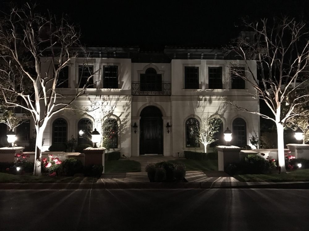 Aurora Landscape Lighting: Thousand Oaks, CA