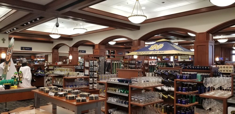 Hammes Notre Dame Bookstore: 1 Eck Ctr, Notre Dame, IN