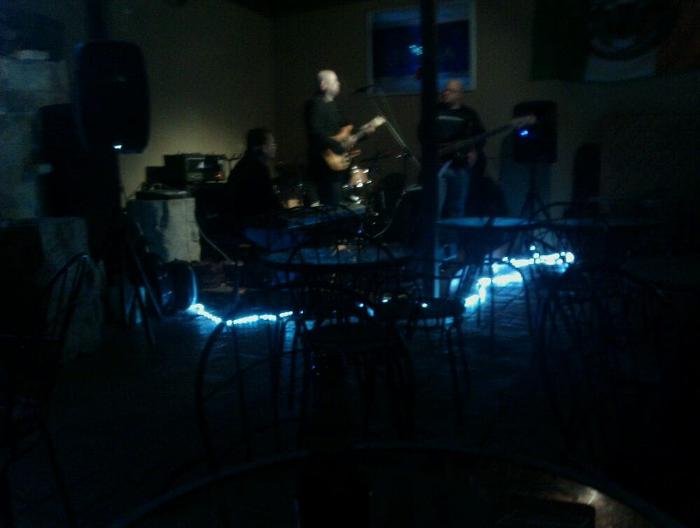 Oxygen Bar: 610 MacO Dr, Harlingen, TX