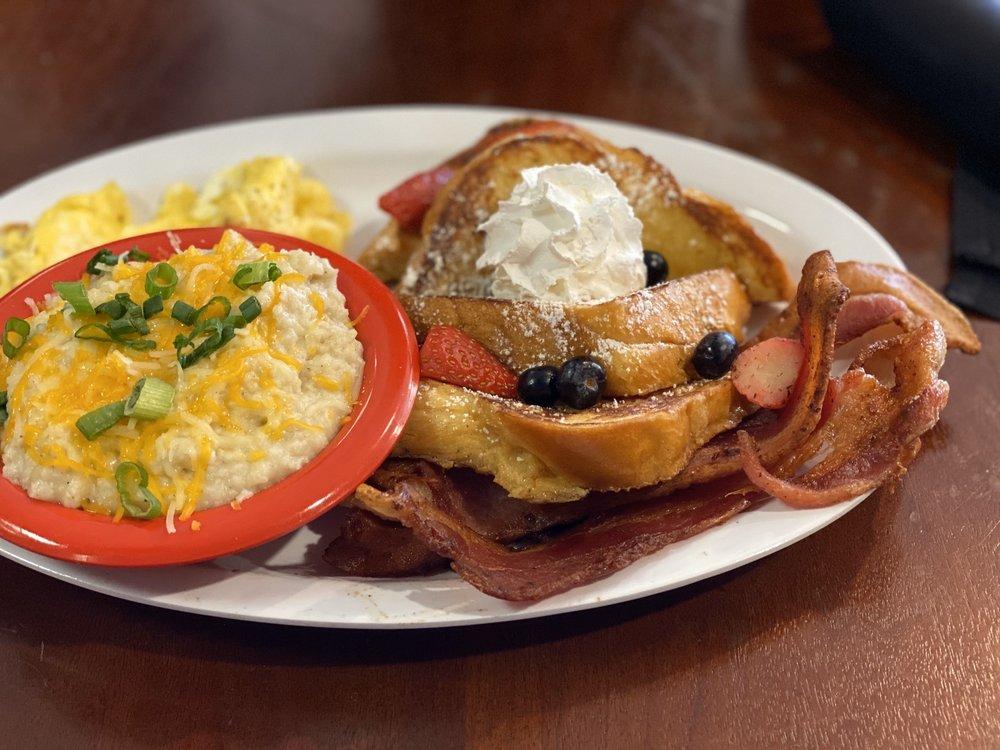 Esther's Cajun Cafe & Soul Food: 1102 Pinemont Dr, Houston, TX