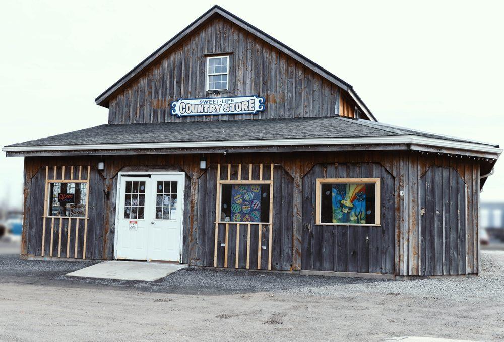 Sweet Life Country Store: 100 S Main St, Elba, NY