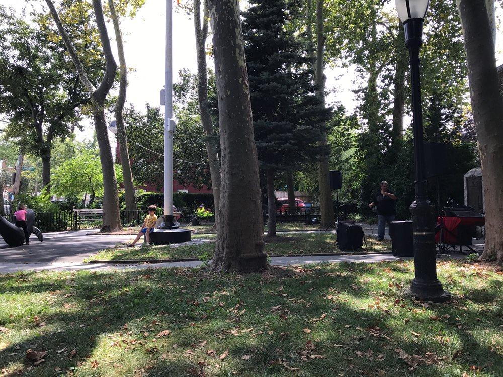 Hawkins Park: City Island Ave, Bronx, NY