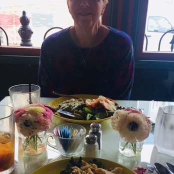 Photo Of Robin S Nest Restaurant Mount Holly Nj United States Lunch With