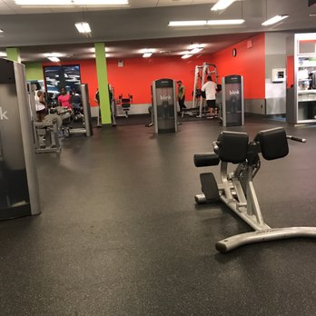 Blink fitness jamaica 49 photos & 51 reviews gyms 163 02