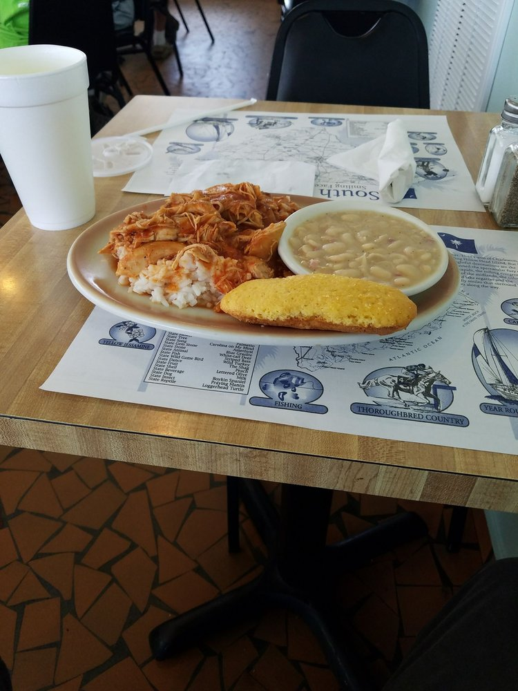 Chat 'n' Chew Restaurant: 1455 Main St, Turbeville, SC