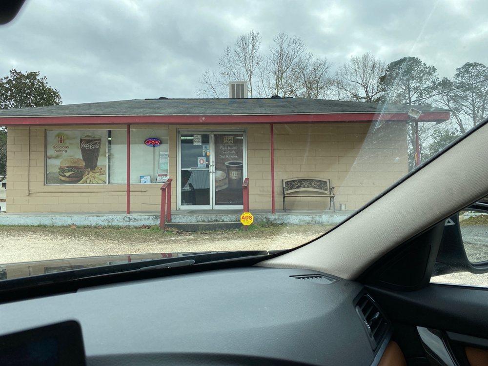 Cafe 292: 600 North St W, Vidalia, GA