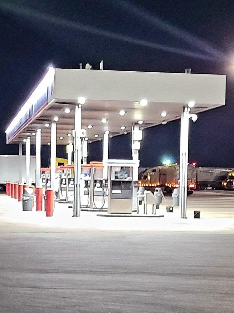 TravelCenters of America: 1010 Beltway Pkwy, Laredo, TX