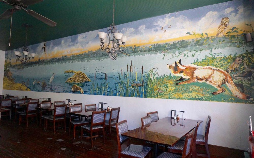 The Badger's Hideaway: 306 Main St, Arrow Rock, MO