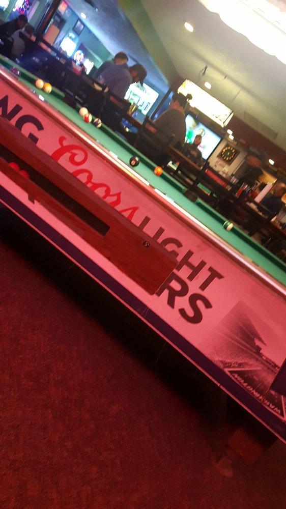 Fat Cat's Bar & Grill: 430 W Main St, Walla Walla, WA