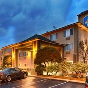 Best Western Plus Cascade Inn Suites