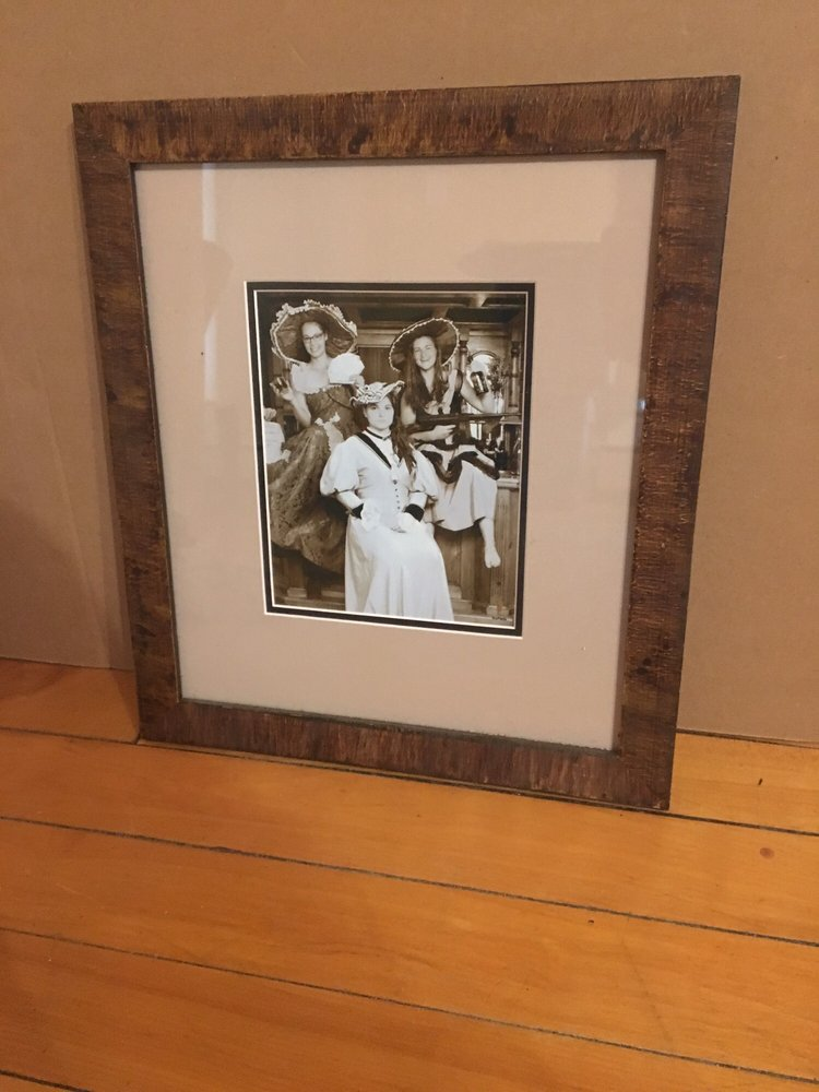 Gallery of Frames: 119 South Mast St, Goffstown, NH