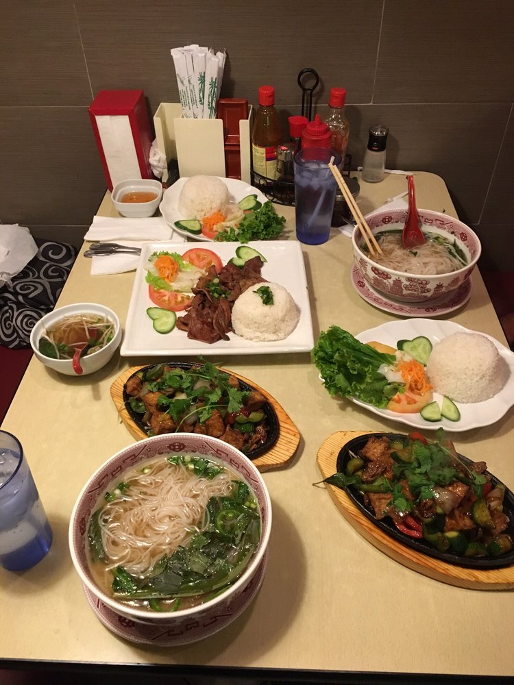 Dinner for 2 lol yelp for Aiyara thai cuisine temecula