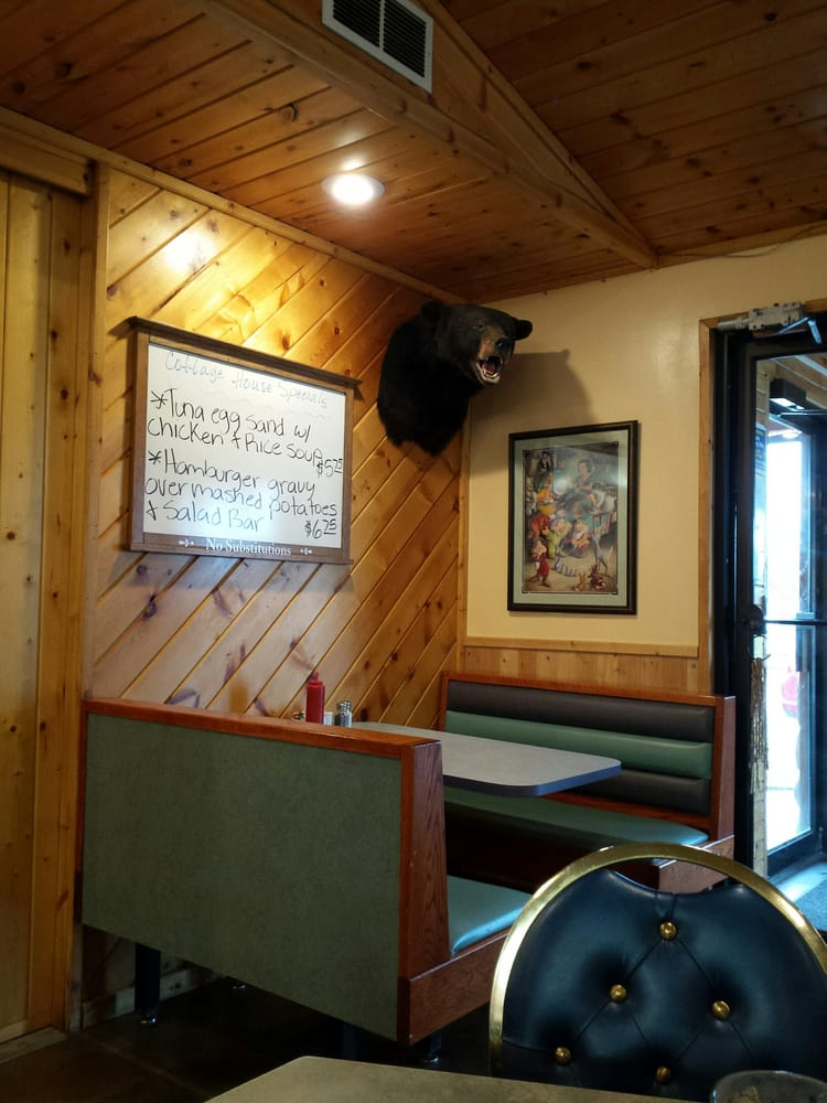 Photo of Cottage House Cafe: Menahga, MN