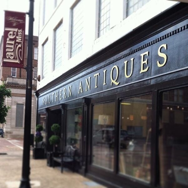 Southern Antique & Gift Mall: 317 Central Ave, Laurel, MS
