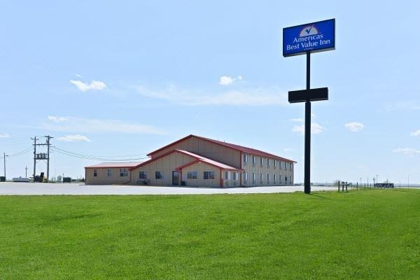 Americas Best Value Inn Kadoka: 401 S Dakota Hwy 73, Kadoka, SD