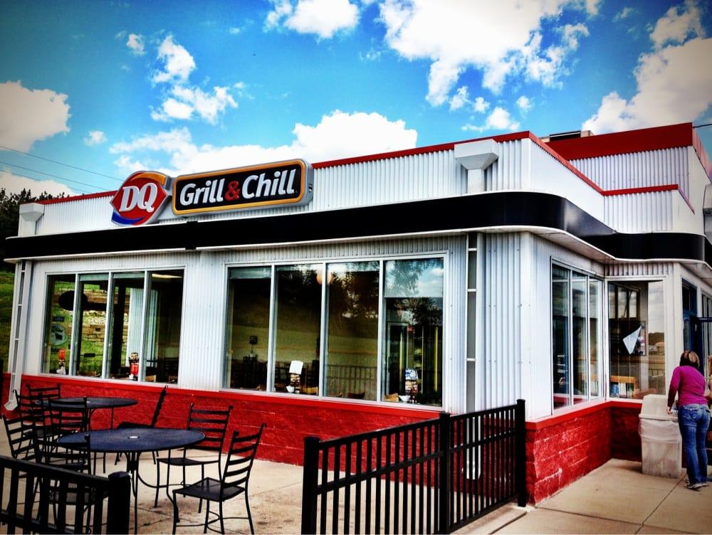 Dairy Queen Grill & Chill: 930 Baldwin Plaza Dr, Baldwin, WI