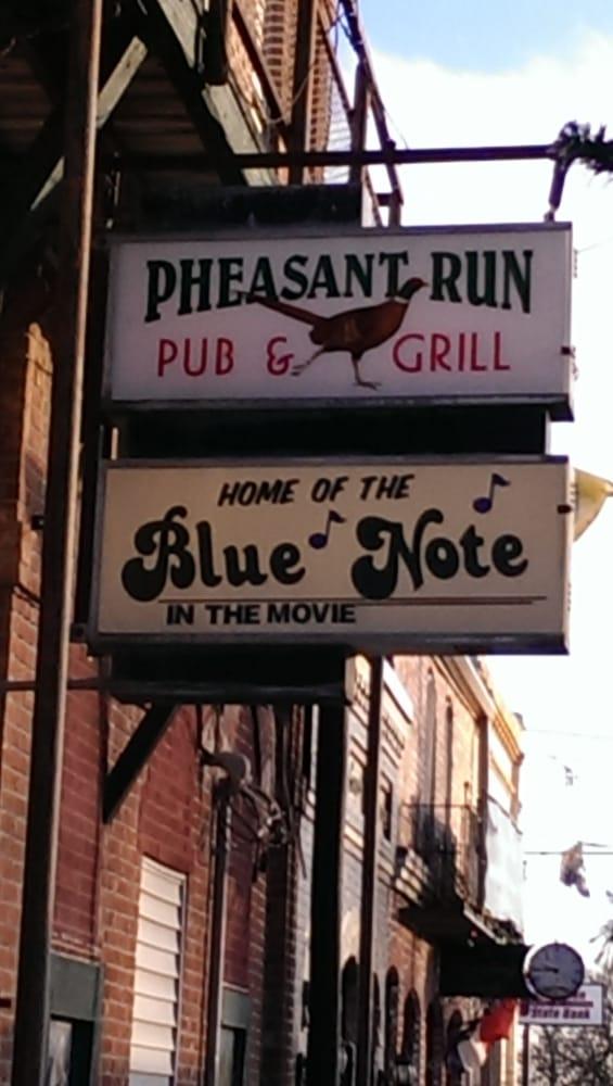 Pheasant Run: 103 S 1st St, Winterset, IA