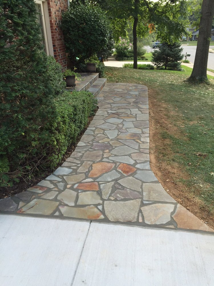 Flagstone Sidewalk With Concrete Base Pennsylvania Vera