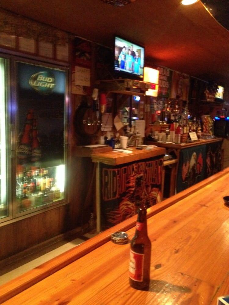 Rodies Bar: Van Buren, MO