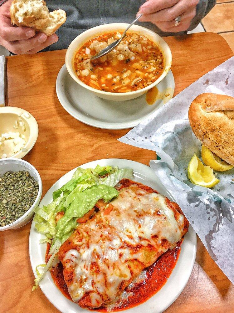 Food from Los Jarritos Restaurants
