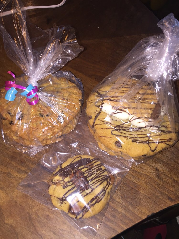Mary's Mountain Cookies: 420 Main St, Belton, MO