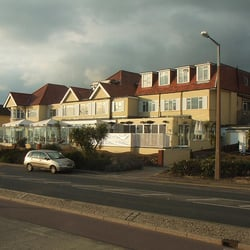 Roslin Hotel Southend Phone Number