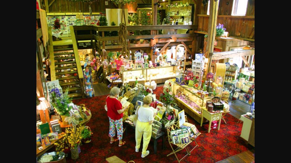 Sawmill Creek Shops: 200 Sawmill Creek Dr W, Huron, OH