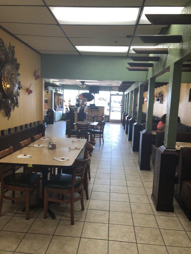 Photo of Mi Pueblito Mexican Restaurant: Newport, AR