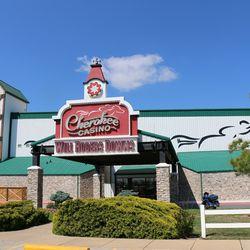 Claremore casino casino free online pogo